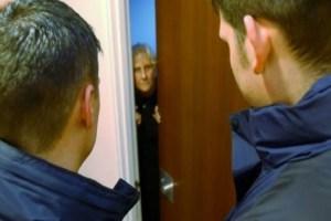 Da Napoli per truffare anziani rilevatori figlia benzodiazepine tecnico del gas Palmanova donna Anziana truffata