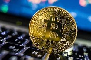 Arrestato autore di numerose false vendite di Bit-Coin Rom truffano colombini per 150.000 euro in bitcoin