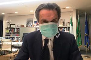 Contagiata collaboratrice di Fontana, Governatore in quarantena