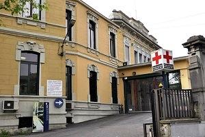 Contagiati due medici del Policlinico Contagiato (probabilmente all'estero) un medico del Policlinico