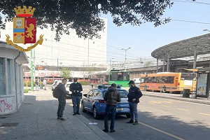 Controlli di Polizia in piazza Bottini