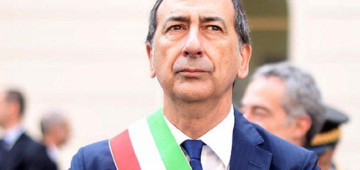 opposizione CDA della Scala formigoni fondi Shoah sputi e spintoni chiusure domenicali Giuseppe Sala turbativa d'asta