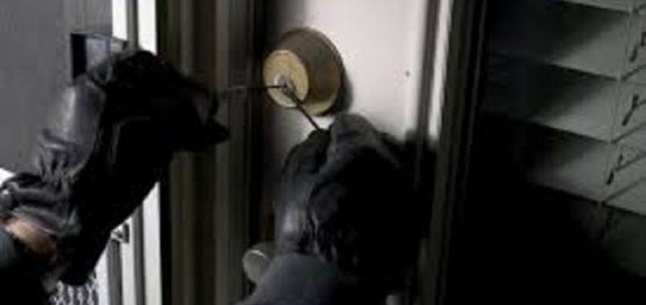 svaligiatrici Svaligiati scassinatore seriale via rasori topi d'appartamento georgiani effrazioni Scassinatori Via Reina