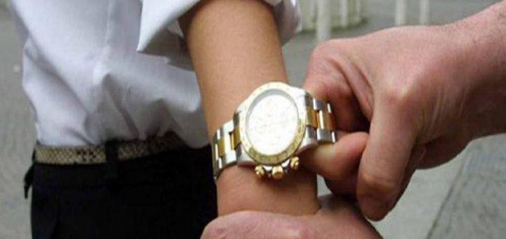 furto orologio Enjoy