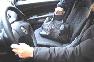 nuova tecnica di furto nei parcheggi