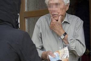 Arrestata truffatrice di anziani Arrestato per avere truffato gli anziani vicini truffe ad anziani