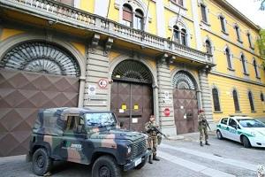 Polizia centro polifunzionale alla Montello