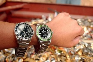 Due furti con strappo di orologi per 60.000 euro Derubati dei Rolex riescono a recuperarli