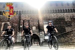 polizia, poliziotti ciclisti