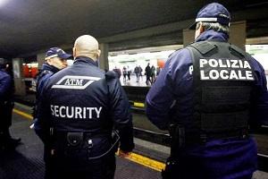 security atm Gambiano e ivoriano impazziscono sulla Metro