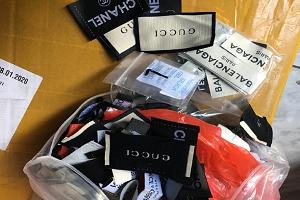 Sequestrati oltre mille capi d'abbigliamento contraffatti