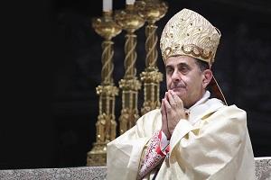 Monsignor Delpini: Pasqua drammatica Monsignor Delpini: frigo pieni e cuori vuoti L'Arcidiocesi dispone la sospensione delle Celebrazioni Eucaristiche