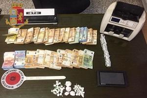 Arrestati padre e figlio avevano 120mila euro e 55 grammi di cocaina