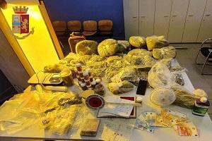 Spacciano droga servendosi di servizi delivery: un arresto e tre denunce