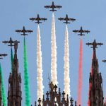 Le Frecce Tricolori sorvolano Milano