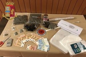 Nascondeva droga in pasticceria, arrestato