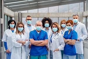 Da Regione Lombardia premio nelle buste paga di medici e infermieri