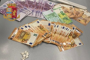 Marocchino arrestato per detenzione e spaccio di cocaina