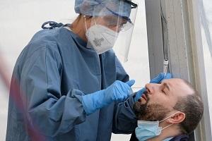 Coronavirus: calano ricoverati e terapie intensive Coronavirus: 91 casi e 4 decessi Gallera: bloccati sei focolai grazie a protocolli di Ats