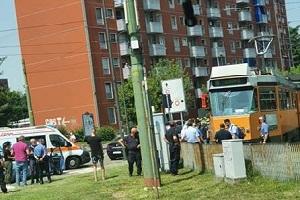 Balordo cerca di dirottare Tram. De Corato: nessuna sicurezza sui mezzi