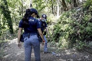 Stupro al Parco delle Cave, tre arresti e pioggia di accuse sulla Giunta