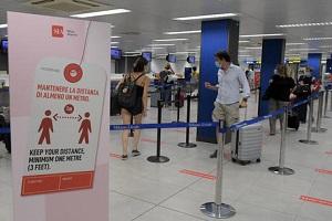 61 nuovi positivi, test in aeroporto, ma no alla quarantena