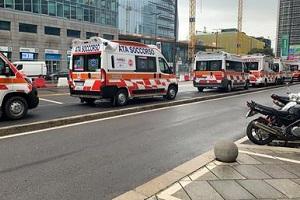 Protesta soccorritori sotto Regione Lombardia