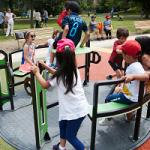 Nuova area giochi ai giardini Lucarelli