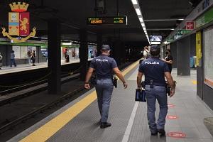 Due arresti durante controlli sulla metropolitana