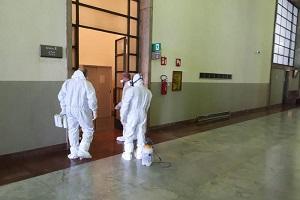 Disinfezione corridoio al Palagiustizia