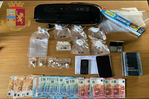 Quattro arresti per droga in un giorno