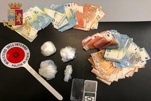 Arrestati 7 spacciatori e sequestrato mezzo chilo di cocaina
