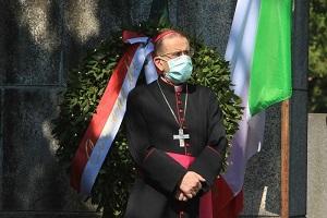 Positivo l'arcivescovo Delpini