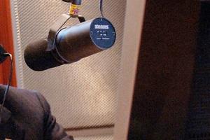 Processato per molestie lo speaker radio Proce