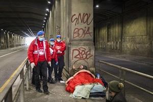 Natale: la festa per i senzatetto sarà take away