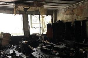 Scuola Pisacane Poerio resa inagibile da un incendio