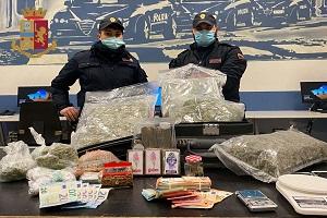 Fermato con 5 kg di droga e 5.000 euro