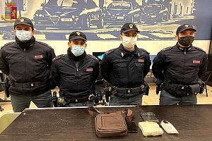 Arrestato in metropolitana con oltre mezzo chilo di cocaina