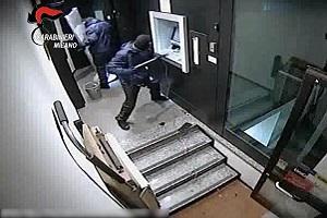Sgominata banda che assaltava Bancomat