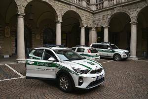 In strada le prime 15 auto ibride della Polizia Locale