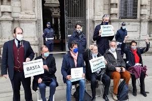 Opposizione protesta contro il Consiglio Comunale in videoconferenza