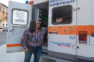 Danneggiata ambulanza della Brigata Sanitaria Soccorso Rosso