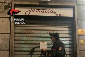 Assembramenti: chiuso il bar Jamaica