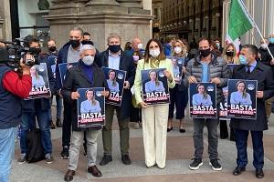 Flash mob di Fratelli d'Italia contro il coprifuoco
