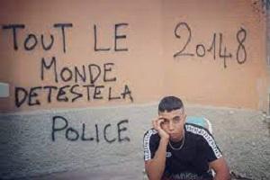 Necessari lacrimogeni per disperdere folla per un rapper