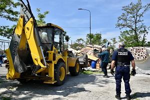 Eseguiti 33 arresti per estorsione con metodo mafioso e traffico illecito di rifiuti