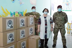 Volontari dell'EPA consegnano aiuti al Centro Orfani n.1 di Lviv, Ucraina