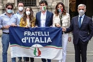 Acque agitate in Fratelli d'Italia Milano