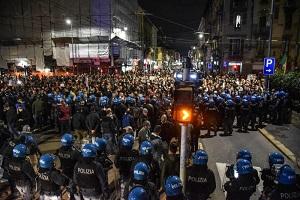 Manifestazioni. PM: Polizia fa il suo dovere la politica dia chiarimenti